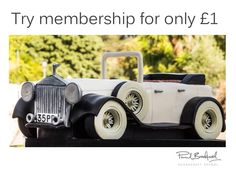 Learn how to make a vintage car cake with expert video tuition from top cake decorator Paul Bradford. Join now to access of free lessons. Fondant Flower Cake, Fondant Rose, Fondant Baby, Fondant Cakes, Cake Decorating Courses, Cake Decorating Tips, Car Cake Tutorial, Fondant Tutorial, Chocolate Fondant