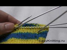 Смена нити при круговом вязании спицами первый способ. Link download…