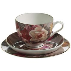 MAXWELL & WILLIAMS ROYAL OLD ENGLAND CUP, SAUCER & PLATE POSEY GB,
