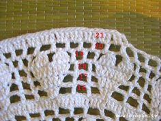 """Passo a passo croche filé """" Toalhinha Coração"""":       Esta toalhinha foi criada por mim e teve início nesta postagem aqui .     This patt..."""