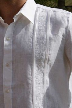 No Pockets wedding Guayabera Line. Embroidered in white.
