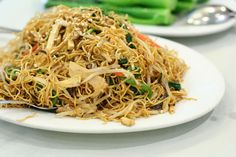 Chow mein con gambas, cocina china en casa
