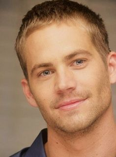 Paul walker your niece. Walke she misses you Paul Walker Paul Walker Tribute, Actor Paul Walker, Paul Walker Pictures, Rip Paul Walker, Porsche Carrera, Star Wars, Fast And Furious, Gorgeous Men, Beautiful Soul