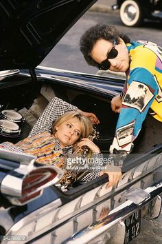 French singer and songwriter Michel Berger and his wife singer France Gall Michel Berger France Gall, Music Icon, Baby Strollers, Licence, Plus Belle, Children, Photos, Coups