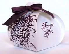 Curvy Keepsake Box Thinlit Die Archives - LibbyStampz - Libby Dyson Stampin' Up! 3d Paper Crafts, Paper Gifts, Cute Box, Pillow Box, Stamping Up, Keepsake Boxes, Box Design, Craft Fairs, Stampin Up Cards