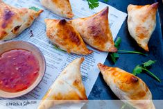 Easy Samosas by withaspin: Light, crispy samosas bustling with flavors. If you are time pressed, you'll appreciate this easy to make, healthy, semi homemade samosa. #Samosa #Easy #Healthy