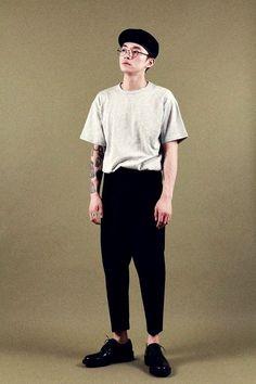Unisex Fashion, Boy Fashion, Mens Fashion, Fashion Outfits, Stylish Mens Outfits, Casual Outfits, Style Masculin, Korean Fashion Men, Androgynous Fashion