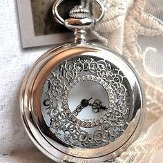 Splendeur grande montre gousset ouvragée 5 cm