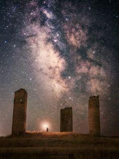 Beautiful Sky, Milky Way, Far Away, Night Skies, Astronomy, Photo Art, Northern Lights, Moon, Clouds
