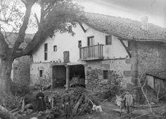 VOLUMEN Y SOPORTE: 1 fotografía en blanco y negro, negativo en placa de vidrio, positivo en papel