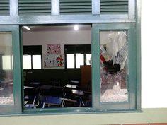 JORNAL O RESUMO - CASO DE POLÍCIA - JORNAL O RESUMO: Escola invadida em Arraial do Cabo ainda sem soluç...