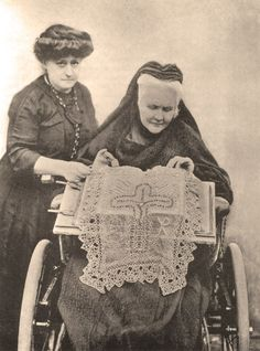 Carmen Sylva - The Art of Tatting Queen, Tatting, Royalty, Old Things, Country, Crafts, Art, Old Pictures, Noblesse