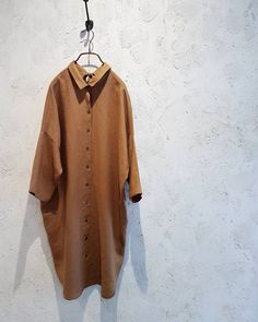 Linen long shirt. #linen #longshirt #beautifulcolour #orangebrown #navy #openback #withribbons #summer #simple #style #comfy #design #fashion #toolz #melbourne #clothing #shop #collingwood #メルボルン #よい色 #リネン