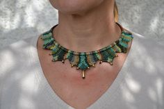 Green Crown macrame necklace by TheaCosmo on Etsy