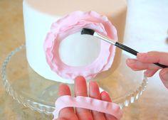 Rosette flowers on the cake - It's wedding season!