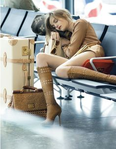 sexy hot country girls in cowboy or western boots farm southern life style lingerie cowgirls Vogue Uk, Vogue India, Foto Picture, Up Girl, Glam Girl, Emma Watson, Travel Style, Travel Chic, Travel Wear