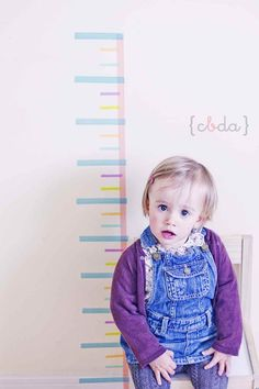 Washi tape DIY growth chart Leuk idee voor in de klas. Tape Wall Art, Washi Tape Wall, Washi Tape Crafts, Tape Art, Masking Tape, Washi Tapes, Mt Tape, Decorative Tape, Cute Diys