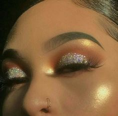 Gorgeous Makeup: Tips and Tricks With Eye Makeup and Eyeshadow – Makeup Design Ideas Glam Makeup, Eye Makeup Glitter, Baddie Makeup, Makeup On Fleek, Flawless Makeup, Cute Makeup, Pretty Makeup, Skin Makeup, Makeup Inspo