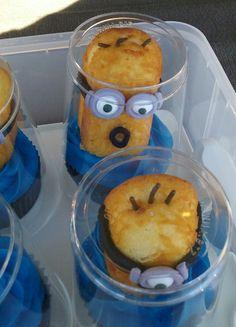 Minion Twinkie Cupcakes