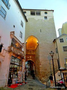 Coimbra - Almadina Moura Portugal Travel, Locs, Portuguese, 1, Nature, Travel Tips, Lisbon, Turismo, Trips