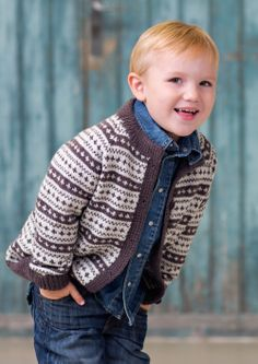 Ravelry: 28803 Barnegenser og -jakke / Odin pattern by Dale Design Knitting For Kids, Baby Knitting, Norwegian Knitting, Baby Sweaters, Knit Cardigan, Knit Crochet, Chrochet, Boy Outfits, Knitting Patterns