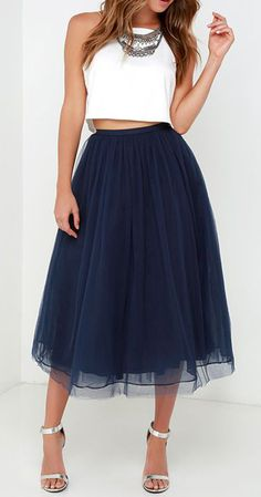 Every girl deserves to feel like royalty now and again, and with the Give it a Twirl Navy Blue Tulle Midi Skirt you'll create a look to rule them all!