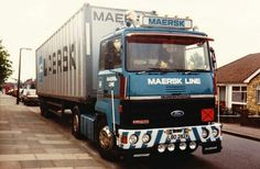 Maersk Line, Freight Transport, Old Lorries, Volvo Trucks, Tow Truck, Vintage Trucks, Classic Trucks, Fiat, Cars And Motorcycles