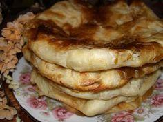 "COOKING WITH ANISOARA: PLACINTE MOLDOVENESTI ""Poale´n brau"", SARALII Romanian Food, Romanian Recipes, Cinnabon, Bread And Pastries, Home Food, Easy Desserts, Vegetarian Recipes, Bakery, Deserts"