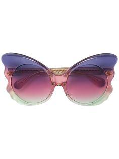 LINDA FARROW oversized sunglasses. #lindafarrow #sunglasses