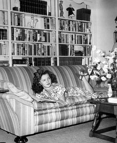 Shirley Temple reading