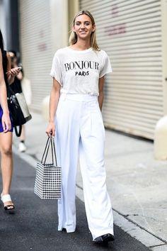 Summer street style fashion fashion outfits, fall fashion, white fashion, f White Pants Outfit, All White Outfit, Shirt Outfit, White Outfits, Basic Outfits, Casual Outfits, Classy Street Style, Street Style Summer, Short Blanc