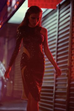 995 dahlia izatullaeva by mark j davis for hedonist magazine fall 2014