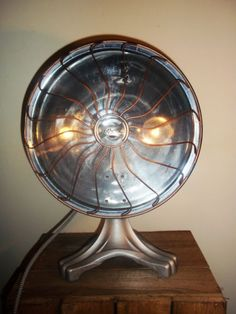 UpCycled-Vintage-Gothic-American-Heat-Lamp-Industrial-Steampunk-Table-Lamp-Light