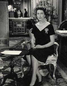 Queen Elizabeth, 1960
