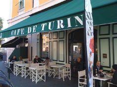 Café de Turin, Place Garibaldi. The best place to eat seafood in Nice!