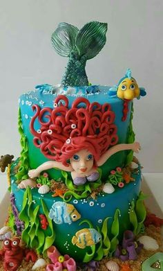 25 Amazing Disney Princess Cakes You Have To See To Believe Disney princess cakes with Ariel swimming Related posts: Disney Themed Cakes – Disney Princess Kuchen und Cupcakes Little Mermaid Cakes, Mermaid Birthday Cakes, Cake Birthday, Disney Princess Kuchen, Pretty Cakes, Cute Cakes, Ariel Cake, Sea Cakes, Novelty Cakes