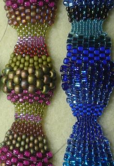Tutorial for The Wave Crystal Beaded Bracelet by crystalwonders