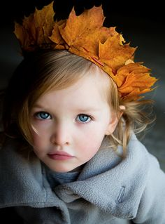 An adorable little princess wearing a crown of Fall leaves! http://turningpoint2.tumblr.com/post/66442388421