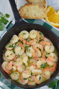 Creveti in unt, cu usturoi si patrunjel - CAIETUL CU RETETE Romanian Food, Romanian Recipes, Unt, Potato Salad, Shrimp, Healthy Living, Good Food, Potatoes, Cooking