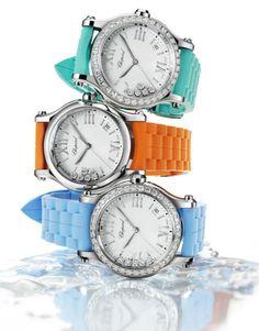 Il y a quelques mois, Chopard dévoilait son dernier modèle Happy Sport. Composé d'un bracelet interchangeable, il suit toutes vos envies et s'accorde à tous les looks. Pour l'été, la marque a lancé de nouvelles couleurs, vives, pour vitaminer le quotidien des vacances.
