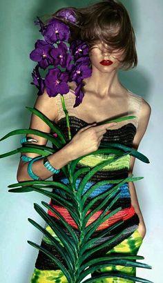Karlie Kloss by Henrique Gendre for Vogue Brazil, November 2013