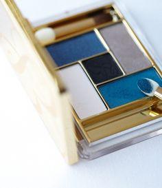 Blue Dahlia Palette