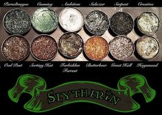 Best Ideas For Makeup Tutorials : Slytherin House Eyeshadow Palette Vegan Harry by AWhimsicalWillow Slytherin House, Slytherin Pride, Hogwarts Houses, Slytherin Clothes, Hogwarts Mystery, Ravenclaw, Harry Potter Make-up, Maquillage Harry Potter, Make Up Inspiration