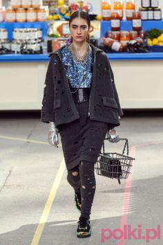 Chanel jesień-zima 2014/2015 na Paris Fashion Week #moda #fashion #jesien2014 #zima2014 #chanel #lagerfeld