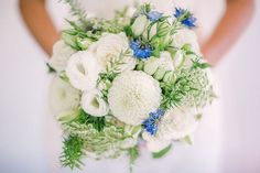 All white bouquet with nigella accents ~ we ❤ this! moncheribridals.com