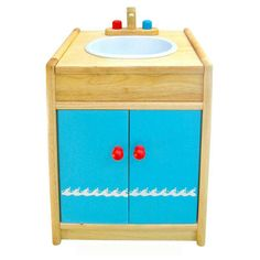 Who is washing dishes? Great #pretend play ! http://www.romanticflairoriginal.com/shopexd.asp?id=1243