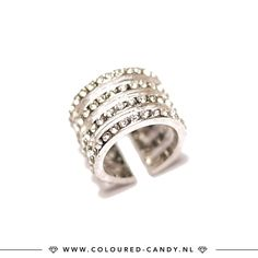 Hou je van statement ringen!? 💍 De laatste stuks staan online en in de sale! ➳ https://www.coloured-candy.nl/gouden-statement-set/ #colouredcandy #sieraden #jewelry #sale #summer #jewellery #ring #shop #silver #ring #statement #knuckle #fashion #mode #style #love #beauty #jewelrygram #fashionista #cute #girls #woman #trendy #beautiful #instagood #shopping #musthaves #bijoux #accessories