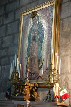 Altar of the Virgin of Guadalupe in Notre – Dame 2016 Altar, Notre Dame, Paris, Painting, Montmartre Paris, Painting Art, Paris France, Paintings, Painted Canvas
