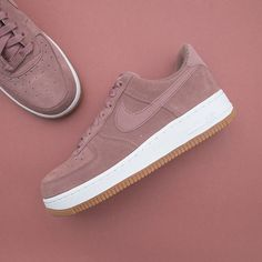 promo code 39d78 62122 Nike Wmns Air Force 1 07 SE - AV5191-200 •• Det blir inte