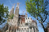 Priority Access: Best of Barcelona Tour Including Sagrada Familia Barcelona Tours, Small Group Tours, Day Tours, Tour Guide, Sailing, Spain, City, Track, Minivan